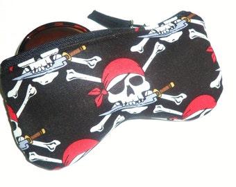 Eyeglass Case, Sun glass Case, Sunglass Case, Zippered Eye Case - Skull and Dagger