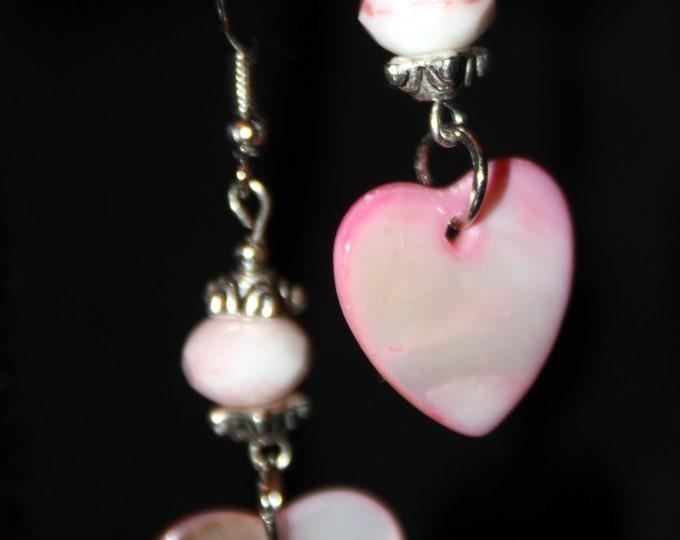 Pua Shell Heart Earrings in Pink