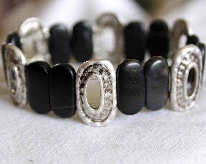 Black Matte Onyx and Silver Concha Stretch Bracelet