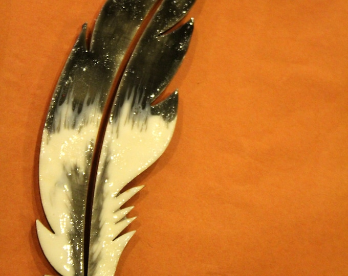 Realistically Painted in Enamel Eagle Flight Feather Ornament or Plaque on Wood Plus Other Bird Feathers