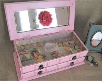 Through the Looking Glass Whimsical Jewelry Box / Upcycled Jewelry Box for Jewelry, Keepsakes, Treasures / Shabby Pink Fun Jewelry Chest