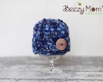 Download PDF crochet pattern 049 - Button beanie - Multiple sizes from newborn through 12 months