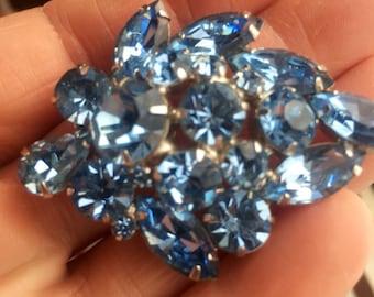 Signed Weiss Brooch Sky Blue Rhodium  Jewelry