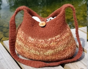 13-1035 Handknitted felted wool purse,tote,handbag fs