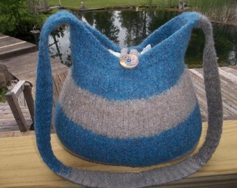 13-1193 Handknitted felted wool purse,tote,handbag fs