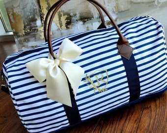 Pre-Order Only - Available April 2019. Personalize Gift for Bridesmaids.  Weekender Bag Women. Duffel Bag Women. Bridesmaid Gift. N20W. c8ec73681ddcf