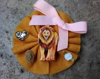 2 Lion Hair Comb Lion/'s Mane Gifts for Friends Lion Lover Gifts Small Combs Silver Lion Head Best Friend Gifts Safari Animal Bold Courageous