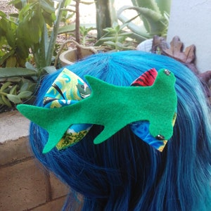 Hair Clip Hair Bow Sea Life Bow Clip On Bow Tie Unique Hair Bow Ocean Clown Fish Hair Bow Felt Hair Bow Clown Fish Fish Bow Bow