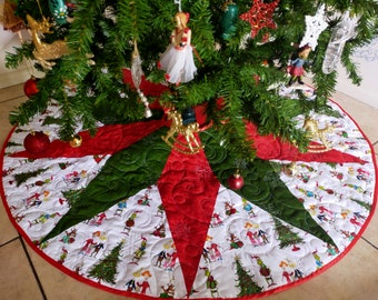 """Christmas Tree Skirt with the Grinch, Quilted,  Personalized option, 3 sizes, 50"""" READY TO SHIP"""