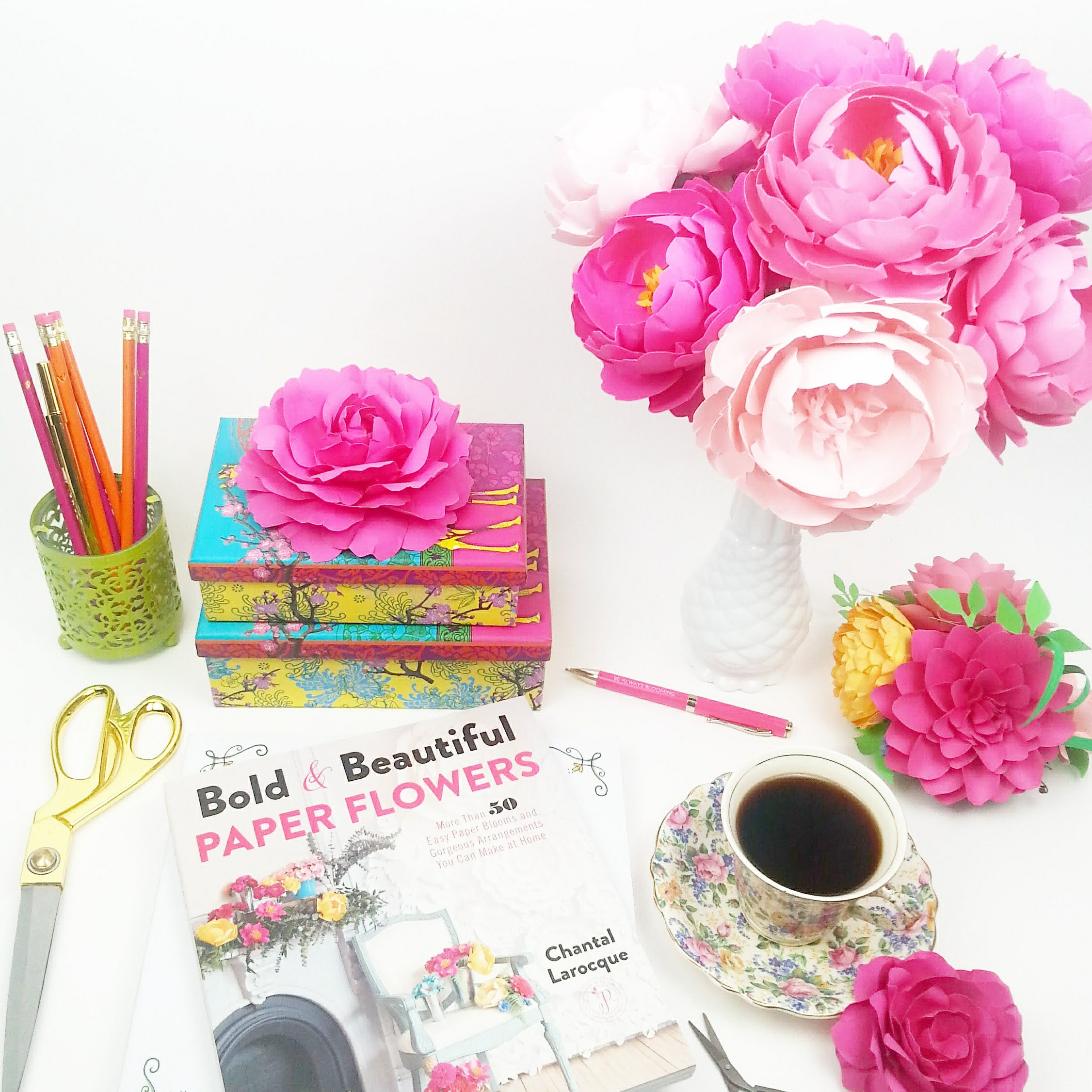 New book bold beautiful paper flowers more than 50 easy paper new book bold beautiful paper flowers more than 50 easy paper blooms and gorgeous arrangements you can make at home mightylinksfo