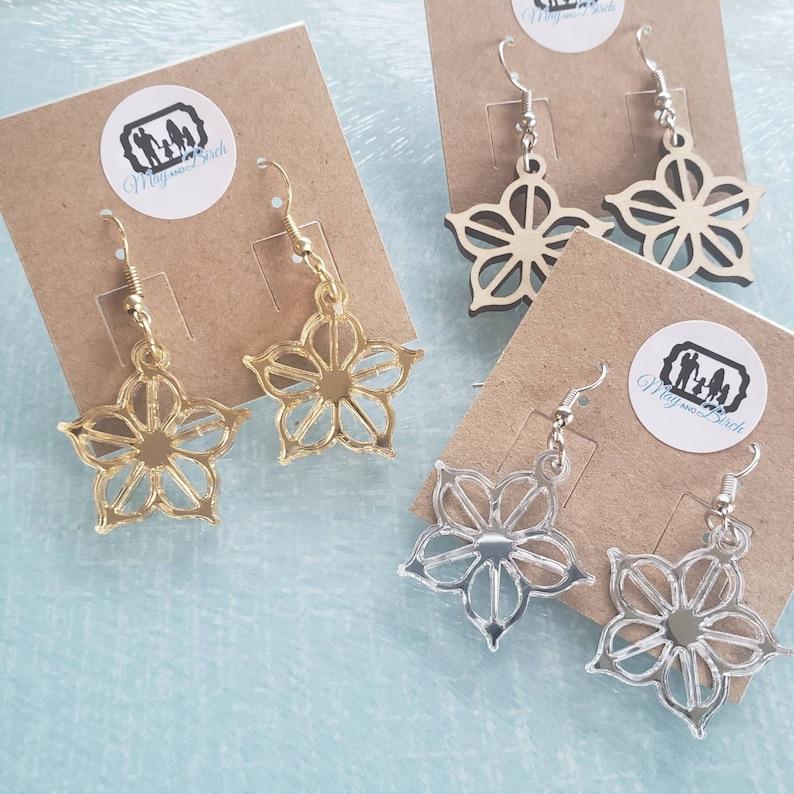 Small/Med Rochester New York Logo Inspired Earrings flower image 0