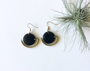 READY TO SHIP. Black Gold Earrings. Tagua nut jewelry. Modern circle earrings. Black circle. Gold hoop earrings. Sela Designs. Gifts for her