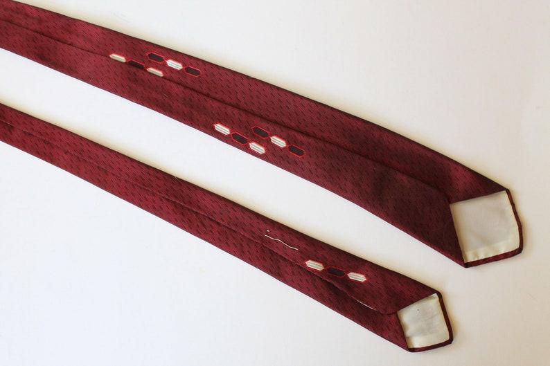 Vintage 1950s1960s Slim Mens Silk Necktie Red Abstract Woven Design MoleculeDNA