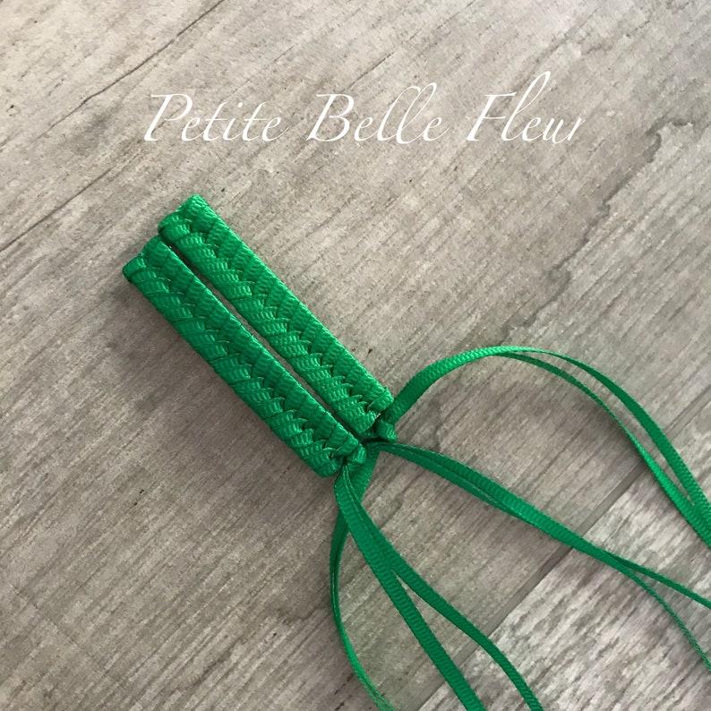 Retro Braided Barrette Set Emerald White 80s Retro Barrettes in Emerald Green and White Grosgrain Ribbon Grosgrain Ribbon Barrettes