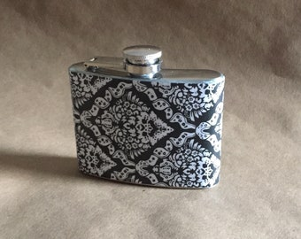 Graduation Party Favor Black and White Victorian Diamond Print Stainless Steel 4 ounce Garter Flask