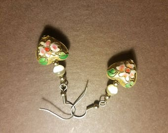 Cloisonne Quartz Vintage Hearts Hippy Classic Earrings