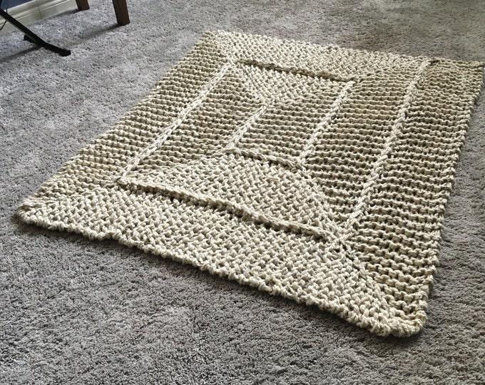 Chunky Knit Spiral Blanket