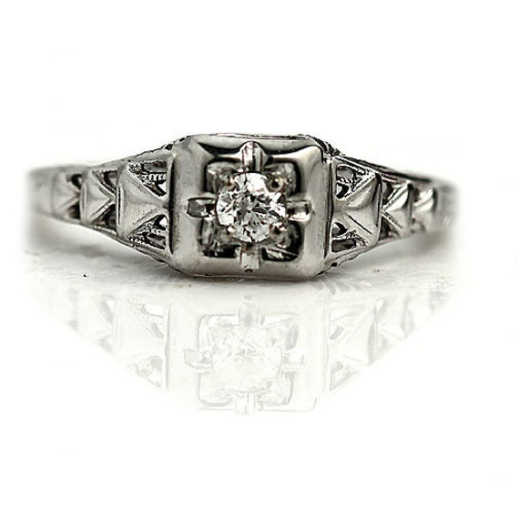 Art Deco Engagement Ring - Antique Art Deco & Diam