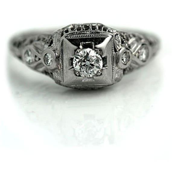 Art Deco Engagement Ring | Deco Diamond Ring | Art