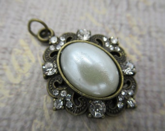 Pearl & Rhinestone Pendant -  Filigree Design Frame - Vintage Style - Antiqued Brass - Qty 1 *NEW ITEM*