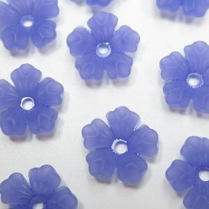 14mm Flower Pendants Qty 12 *NEW ITEM* 5 Petal Acrylic Flower Drops Center Hole Purple Flower Beads Large Bead Caps Matte Purple