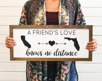 Love Knows No Distance Farmhouse Sign   Friendship Gift   Personalized Friends Sign   Two States Sign   Long Distance Relationship Wood Sign