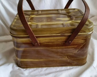 Vintage Bread Box/ Picnic Basket
