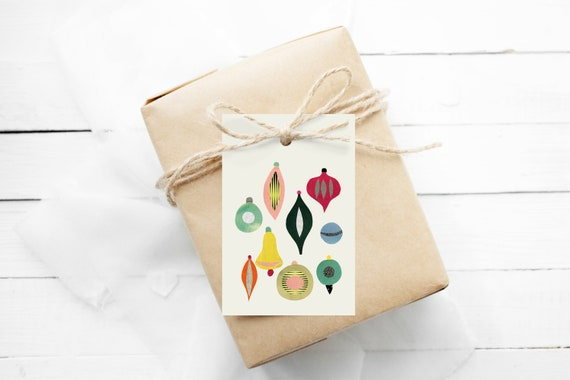 Holiday Gift Tags With String, Gift Wrapping, Set of 12 Hang Tags - Christmas II