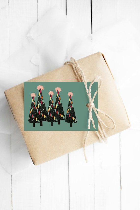Christmas Gift Tags With String, Set of 12 Green Hang Tags - Christmas Forest