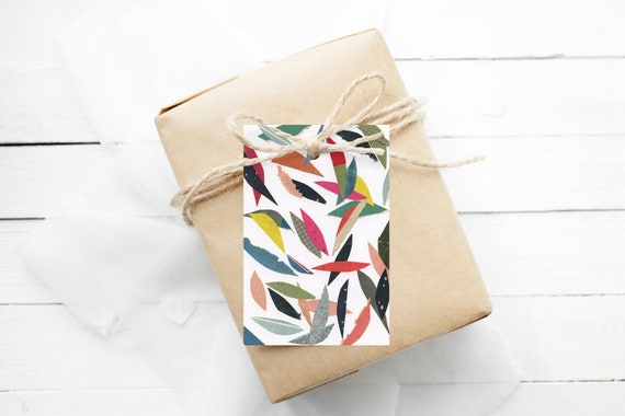 Modern Gift Tags, Hang Tags With String - Falling Leaves (White)