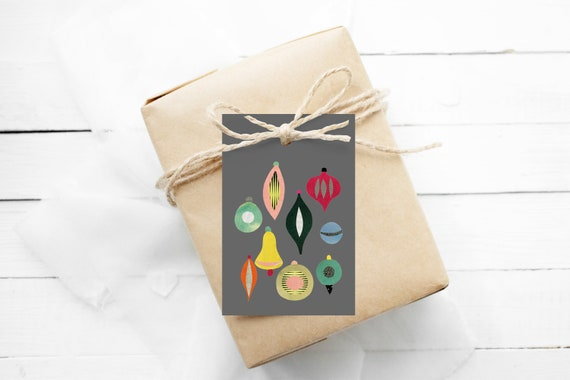 Holiday Gift Tags With String, Gift Wrapping, Set of 12 Hang Tags - Christmas II Grey