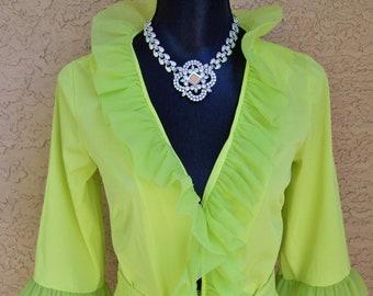 224f1af9582 Vintage Levoy s 70s Chartreuse Nylon Ruffle Robe