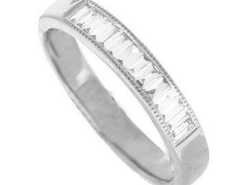 18K White Gold Ring With Natural Diamond Womens Band
