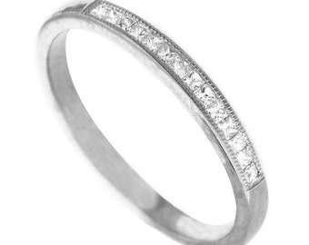 18K White Gold Ring With Diamonds Womens Band
