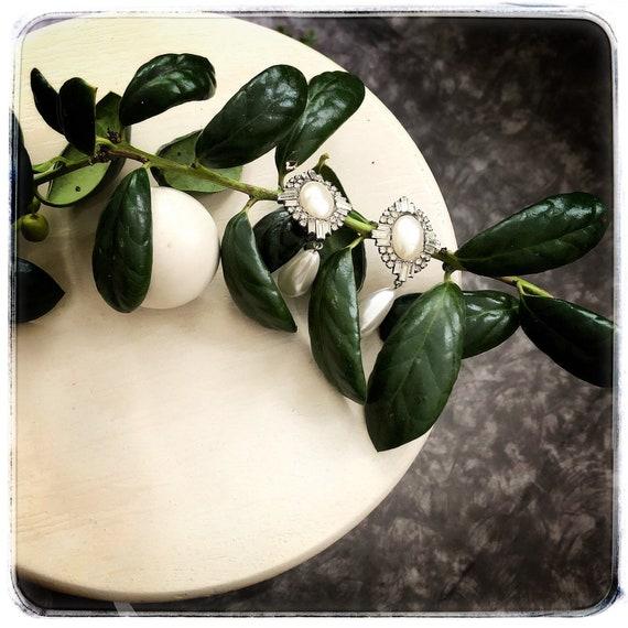 pearl rhinestone statement earring, 80s clip earri