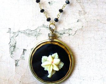 Mourning Flower // Vintage Art Deco Jet & Gold Glass Medallion Necklace with Celluloid Ivory Flower Spinel Gold Gothic Rosary Victorian Goth