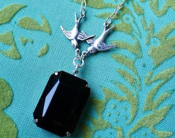 Des Oiseaux Noir // Silver Plated Bird Necklace with Vintage 1950s Jet Glass Jewel, Swallows Doves Sparrows Boheme Goth Gothic Bridal Deco