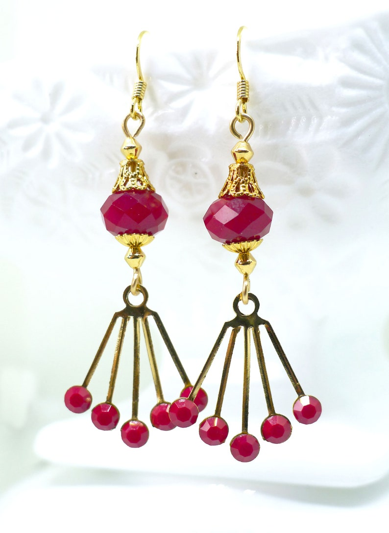 Filigree Art Deco Midcl Geometric Contemporary Boheme Maximalist Red Deco  Vintage 1950s Opaque Red Crystal Earrings wGold /& Czech Glass