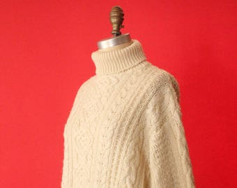 Vintage 90's Cream Cable Knit Turtleneck Pullover Sweater by Venezia Jeans, size 22/24