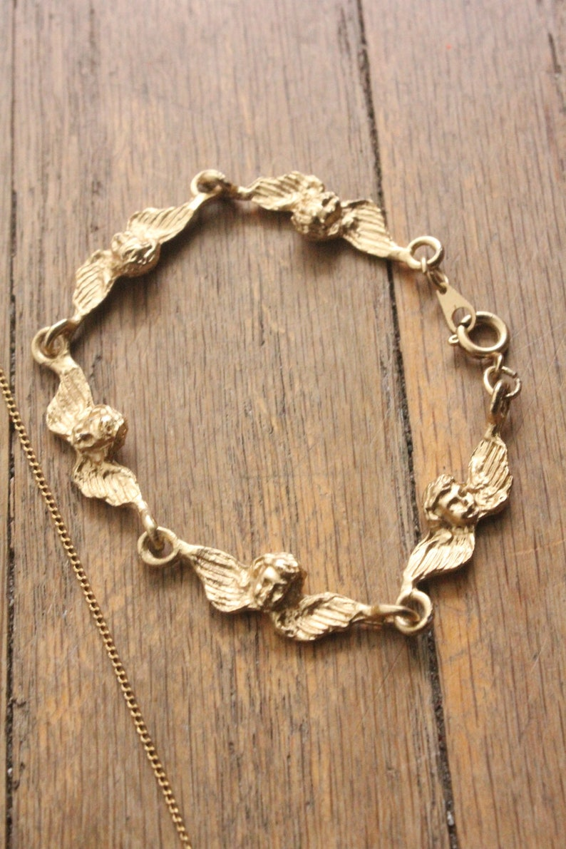 Vintage 90/'s Gold Cherub Pendant Necklace and Bracelet Jewelry Set