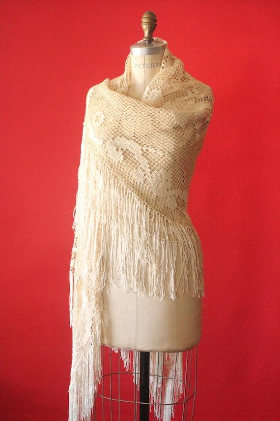 Vintage 20's/30's Cream Ecru Knit Crochet Fringe P