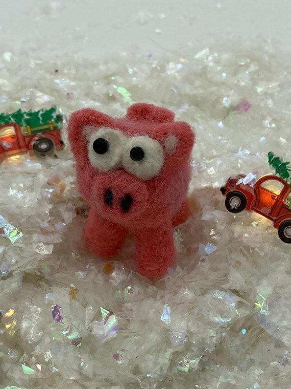 Little felted Pink Piglet