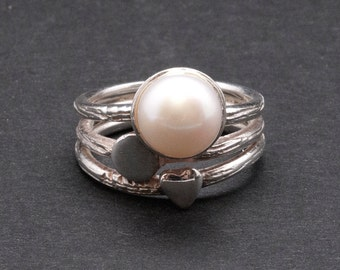 White Cultured Pearl Sterling Silver Ring, Heart Ring, Bridal Jewelry, Pearl Anniversary, June Lucky Birthstone Ring