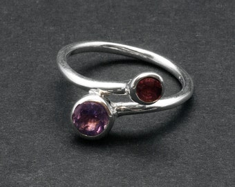 Twist Dual Stone Ring, Purple Amethyst Red Tourmaline Gemstone Sterling Silver Ring, Delicate Cocktail Ring, Size 8 Ring, Amethyst Jewelry