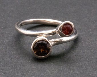 Twist Dual Stone Ring, Brown Smokey Quartz Red Garnet Gemstone Sterling Silver Ring, Delicate Cocktail Ring, Size 7.5 Ring, Quartz Jewelry
