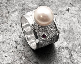 Pearl Ring, Sterling Silver Wide Band Carved Ring Pearl and Ruby/Sapphire, Pearl Wedding, June Birthstone Gift Ring, Designer Pearl Jewelry