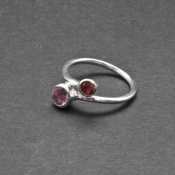 Delicate Cocktail Ring Size 8 Ring Twist Dual Stone Ring Purple Amethyst Red Tourmaline Gemstone Sterling Silver Ring Amethyst Jewelry