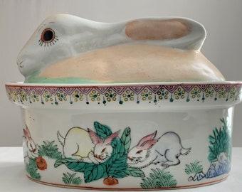 Shabby Bunny Old Baking dish