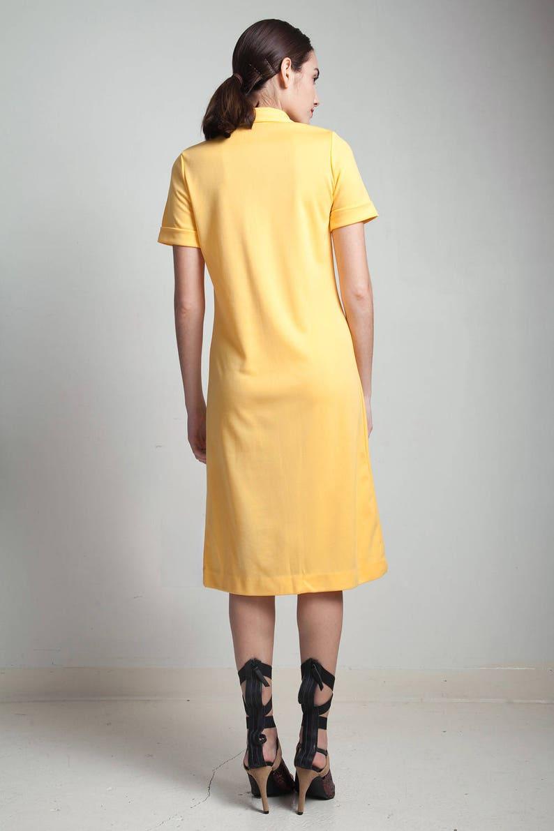 Vintage 70er Jahre gelb Polo Kleid Golf Knie Länge kurze ...