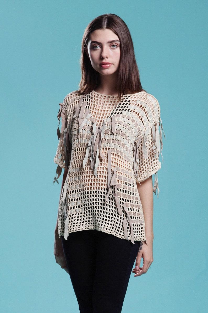 crochet top knit sweater blouse suede leather beige gray open basket weave Bonnie Boerer vintage 80s ONE SIZE S M L